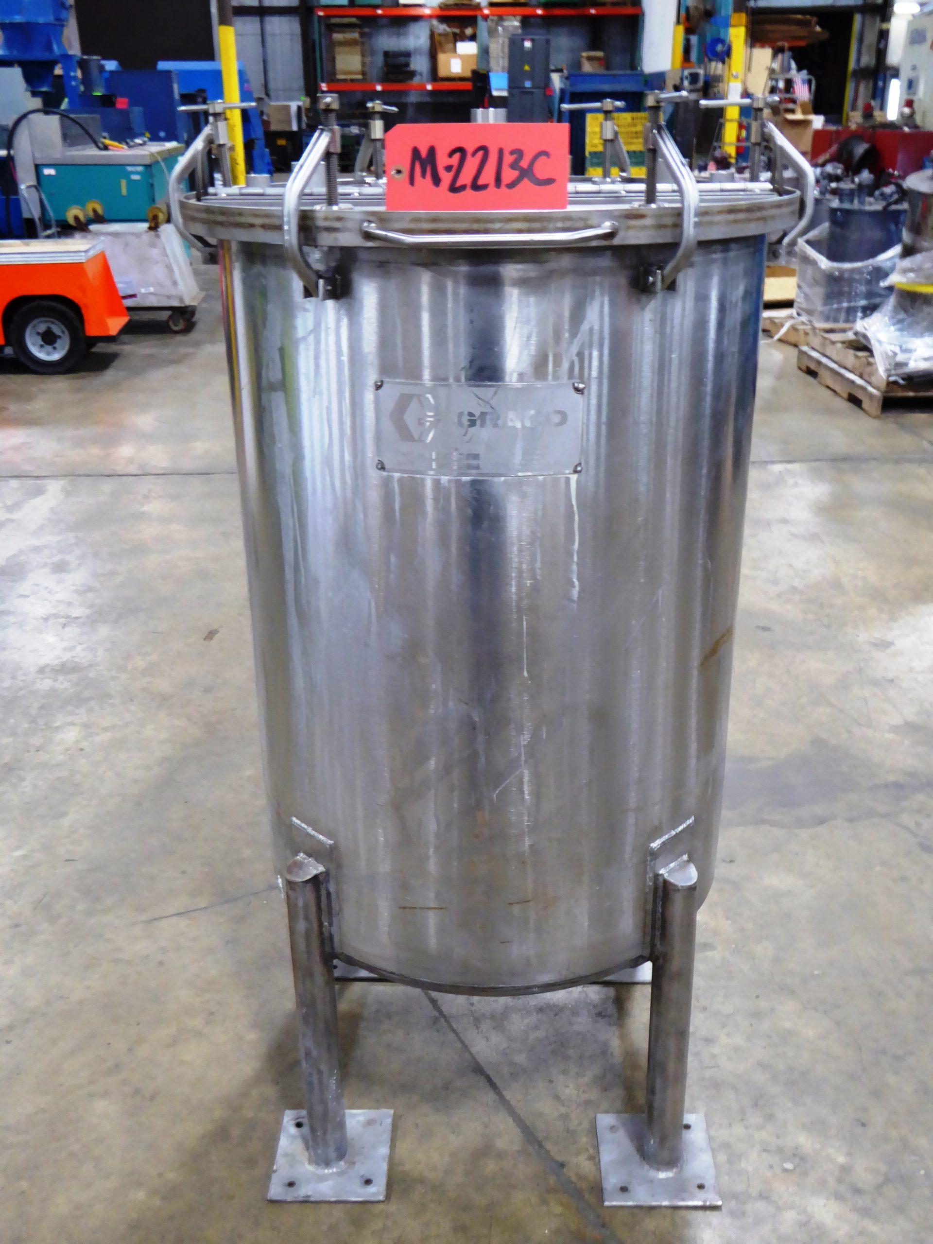 Used - Graco Model R00-235 Paint Pot-Misc. Equipment