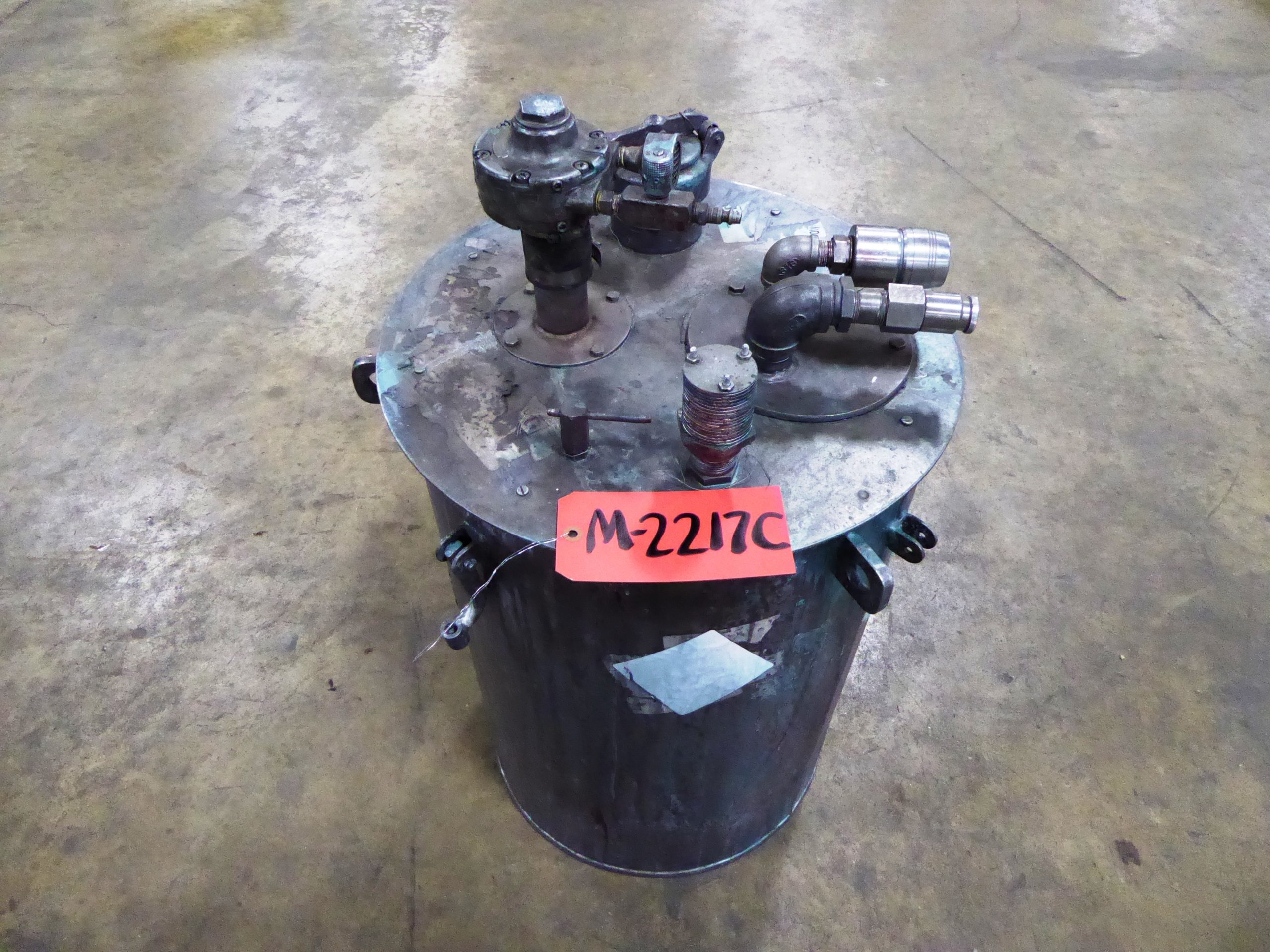 Used - Paint Pot w/ Air Mixer-Misc. Equipment