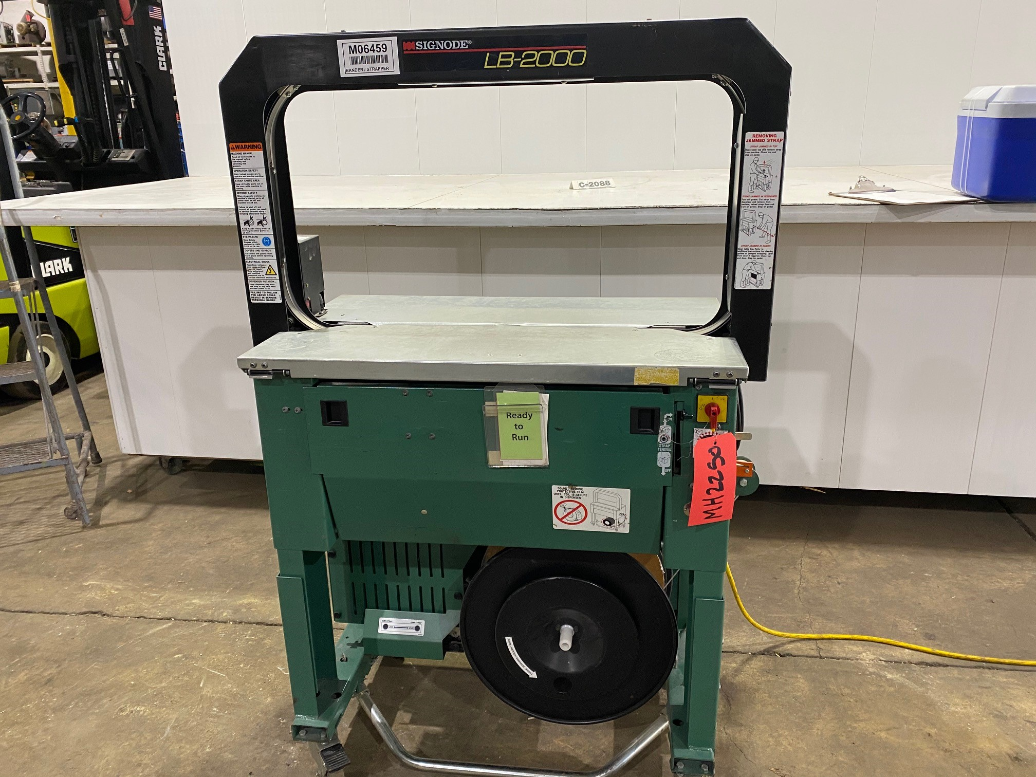 Used - Signode Model LB2000 Automatic Strapping Machine MH2250-Material Handling