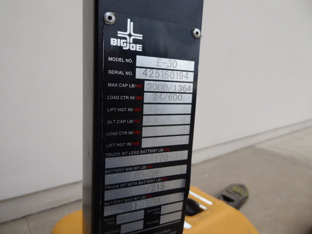 Used - Big Joe Model E30 3000 lb Capacity Pallet Jack MH2257C-Material Handling